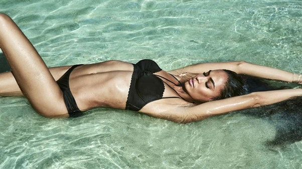 Joan Smalls zaprojektuje kolekcję bielizny i strojów kąpielowych z marką Smart & Sexy!