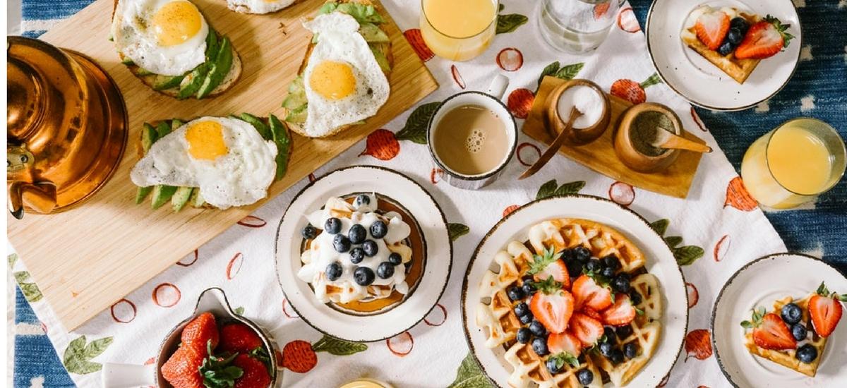 Miejsca z najlepszymi śniadaniami w Londynie – przewodnik