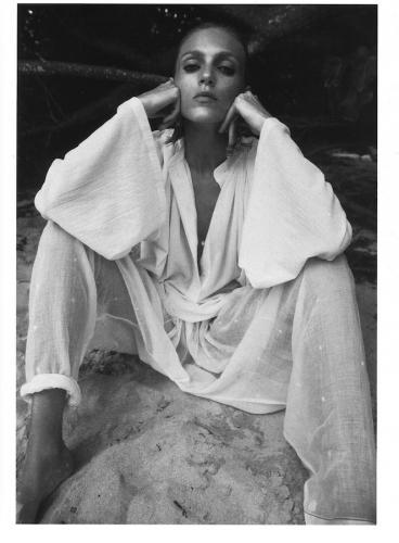 Anja-Rubik-Vogue-Paris-15-1