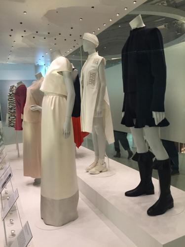 Balenciaga/ V&A Museum