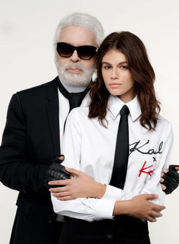Kaia-Gerber-Karl-Lagerfeld-Collection-Lookbook11