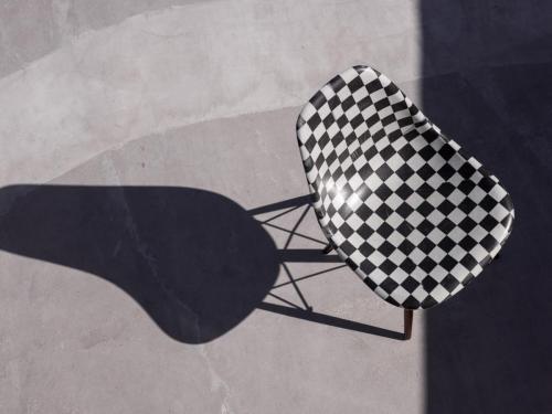 SP19 VAULT MODERNICA SHELL CHAIR BLACK CHECKERBOARD 0346