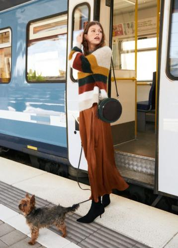 Other-Stories-Commuter-Style-Fall-2018-Lookbook01-768x1074